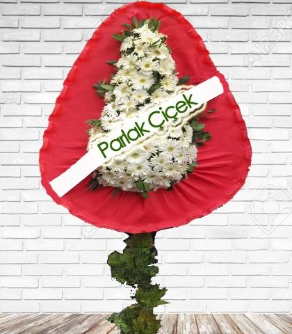 Ayaklı Çelenk Beyaz Çiçekli