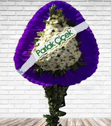 Beyaz Çiçekli Tek Katlı Açılış Çelenk Mor