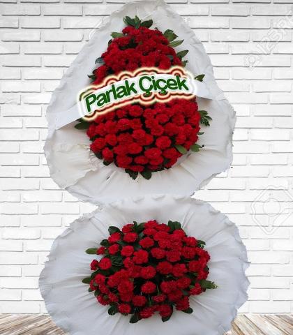 Kırmızı Beyaz Çiçekli Çift Katlı Ayaklı Çelenk Düğün Açılış Çiçeği