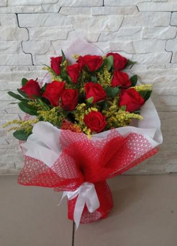 Kırmızı Gül Buketi Aşkıma 11