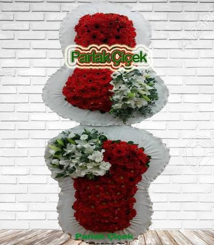 Kırmızı Beyaz Çiçekli Çift Katlı Ayaklı Çelenk Açılış Çiçeği Süper