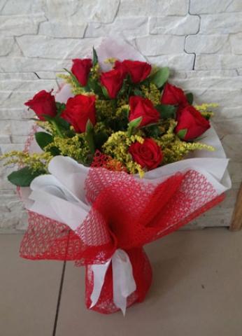 Kırmızı Gül Buketi Aşkıma 9