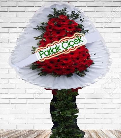 Kırmızı Düğün Çiçeği Ayaklı Çelenk